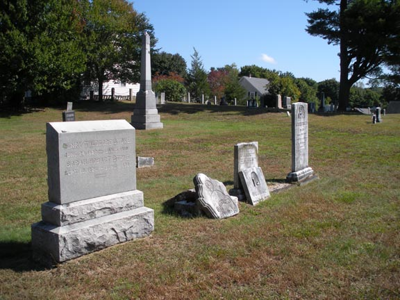 A newer headstone – 1901!